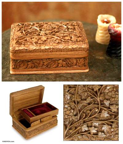 Walnut wood jewelry box, Secret Birds