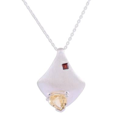 Citrine and garnet pendant necklace