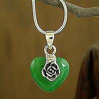 Agate choker, 'Rose of Justice' - Silver and Green Agate Heart Pendant Necklace