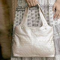 Leather tote handbag, 'Grandeur' (India)
