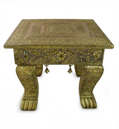 Brass accent table, 'Golden Garland' (medium) - Hand Crafted Traditional Mango Wood Wood Accent Table