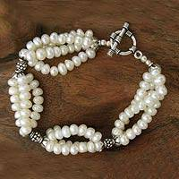 Cultured pearl beaded bracelet, 'Cloud Song' - Pearl beaded bracelet