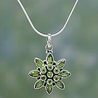 Peridot flower necklace, 'Sunflower Green' - Handcrafted Peridot Pendant in Sterling Silver