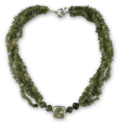 Labradorite strand necklace