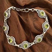 Peridot link bracelet, 'Green Mystique' (India)