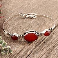 Carnelian pendant bracelet, 'Mystique'