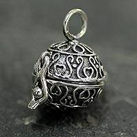 Sterling silver locket pendant, 'My Prayers' (India)