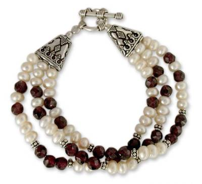 Pearl and garnet wristband bracelet