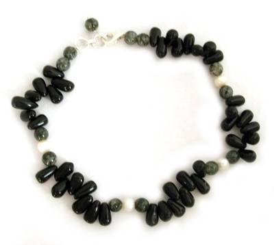 Onyx and pearl beaded anklet