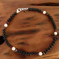 Onyx and garnet beaded anklet, 'Royal Dancer' - Onyx and garnet beaded anklet