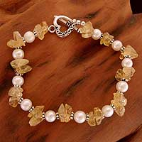 Pearl and citrine heart bracelet, 'Summer Moon' - Pearl and citrine heart bracelet