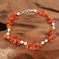 Carnelian and cultured pearl anklet,
