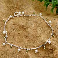 Pearl and peridot anklet, 'Forest Dew' - Pearl and Peridot Indian Jewelry Anklet
