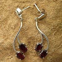 Garnet dangle earrings, 'Sinuous Red' - Sterling Silver and Garnet Earrings