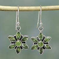 Peridot flower earrings, 'Daisy Beauty' - Peridot Unique Starburst Sterling Silver Hook Earrings