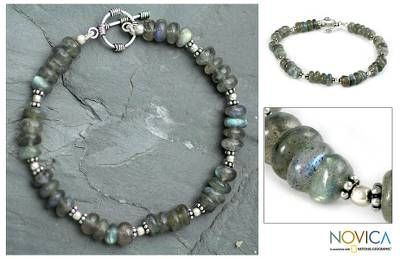 Labradorite beaded bracelet, 'Indian Rainbow' - Hand Crafted Beaded Labradorite Bracelet