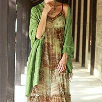 Silk shawl, 'Holiday Green' (India)