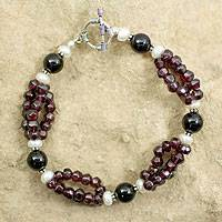 Garnet and pearl beaded bracelet, 'Gulmohar Lady' - Garnet and pearl beaded bracelet