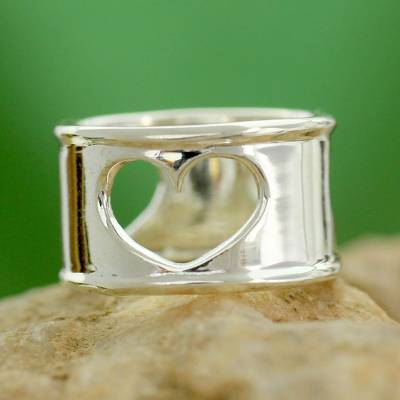 Handcrafted Indian Heart Jewelry Sterling Silver Band Ring
