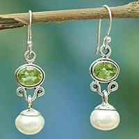 Pearl and peridot earrings, 'Verdant Light' - Sterling Silver Jewelry Pearl and Peridot Earrings