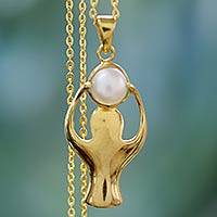 Gold vermeil cultured pearl pendant necklace, 'Angelic Moon' - Gold vermeil cultured pearl pendant necklace