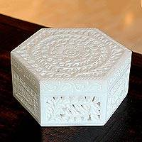 Marble box, 'Lotus Grandeur' - Indian Floral Marble Decorative Box