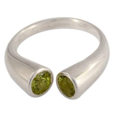 Handcrafted Jewelry Silver and Peridot Wrap Ring from India