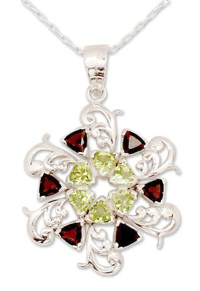 Peridot and smoky quartz pendant necklace