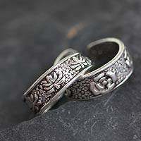 Sterling silver toe rings, 'Garden in Shimla' (pair) - Sterling silver toe rings (Pair)