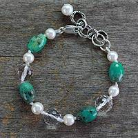 Cultured pearl and chrysoprase beaded bracelet, 'Sweet Dream' (India)