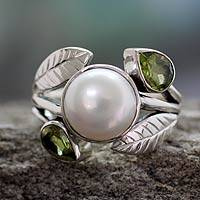 Cultured pearl and peridot cocktail ring, 'Mumbai Romance' - Peridot and Pearl Silver Ring