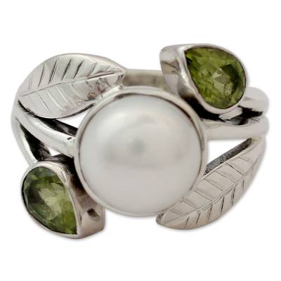 Pearl and Peridot Cocktail Ring from India Jewelry