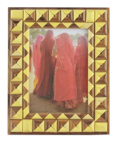 Artisan Crafted Geometric Wood Photo Frame (5x7)