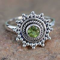 Peridot solitaire ring, 'Lime Princess' - Peridot solitaire ring