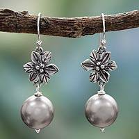 Cultured pearl flower earrings, 'Scent of Jasmine' - Grey Pearl Earrings in Silver Sterling Flower Jewelry