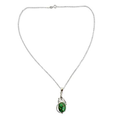 Green Composite Turquoise Jewelry in a Silver Necklace