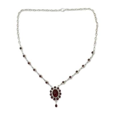 Silver Necklace with 23 Garnets