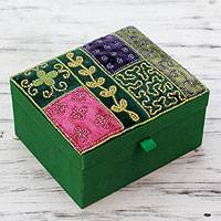 Embellished jewelry box, 'Emerald Garden' - Glass Beadwork Jewelry Box