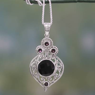 Onyx and garnet pendant necklace, Delhi Hope