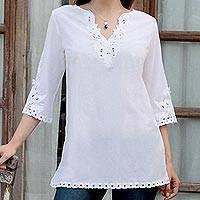 Cotton tunic, 'White Royalty' - Cotton Tunic Floral Embroidery in Snow White from India