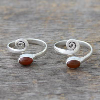Carnelian toe rings, Curls (pair)