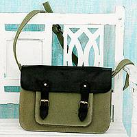 Leather accent cotton messenger bag Casual in Green (India)