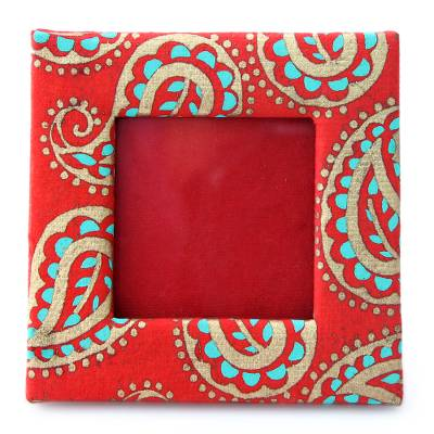 2x2 inch Photo Frame Crafted from Handmade Paper