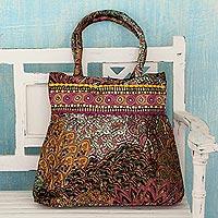 Embellished shoulder bag,