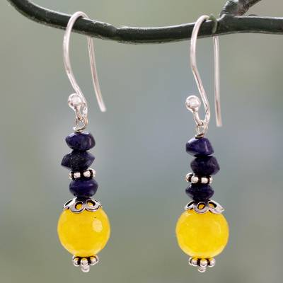 Lapis lazuli and chalcedony dangle earrings, Color Distinction