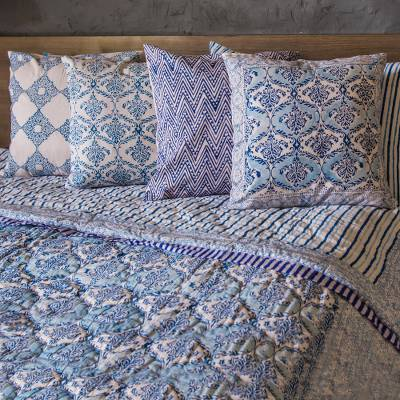 Block printed cotton quilt and pillowcase set, 'Blue Vines' - Cotton Quilt and Pillowcase Set in Blue