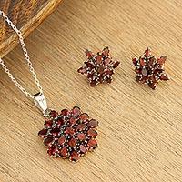 Garnet pendant necklace, 'Red Sunflower' (India)
