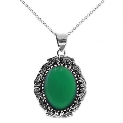 Hand Crafted Green Onyx Pendant Necklace from India