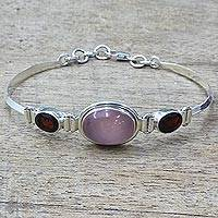 Garnet and chalcedony pendant bracelet,