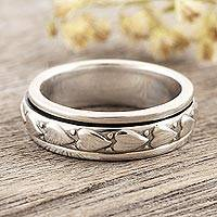 Sterling silver spinner ring, 'Heart Meditation' - Indian Sterling Silver Heart Motif Spinning Meditation Ring